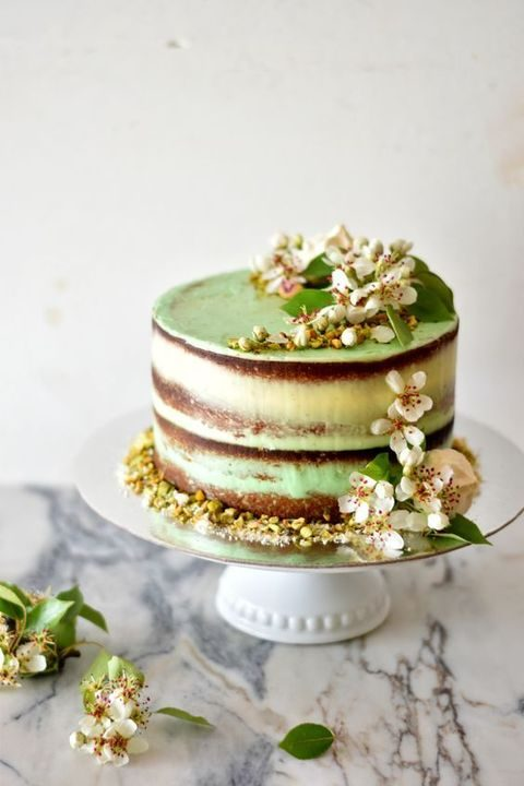 semi naked wedidng cake with lime and pistachios