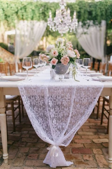 vintage lace wedding table runner