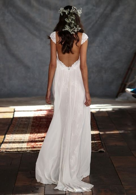 42 backless wedding dresses that wow for Plain wedding dresses with straps