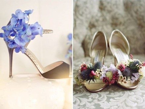 fresh flower shoes for the bride and bridesmaids