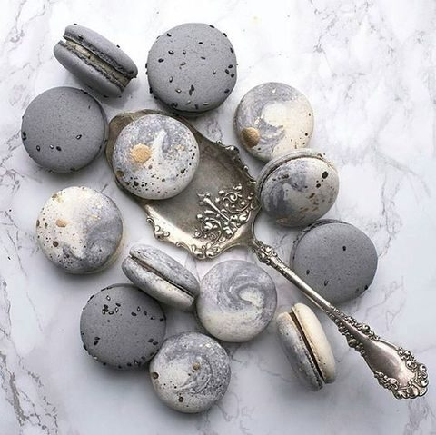 grey marbled macarons