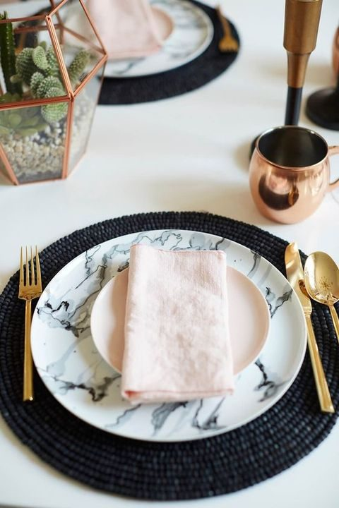 marble plates and chargers look amazing with metallic details