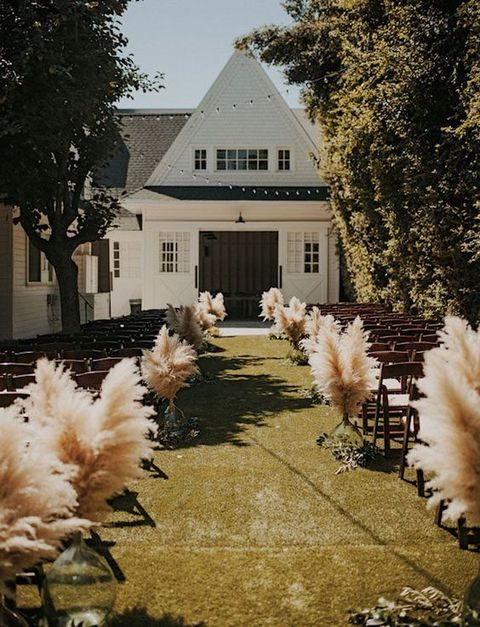 pampas grass wedding aisle decor