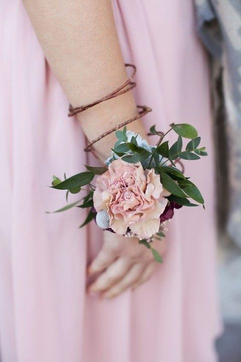 pretty dusty pink corsage for the bridesmaid