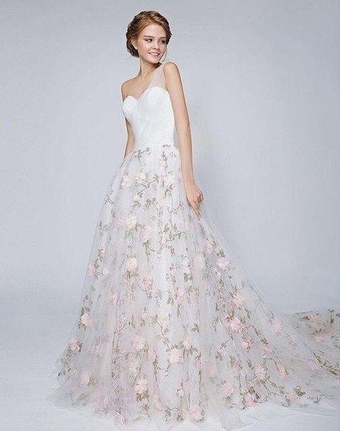 Flower Floral Wedding Gowns : Gorgeous floral wedding dresses that inspire happywedd