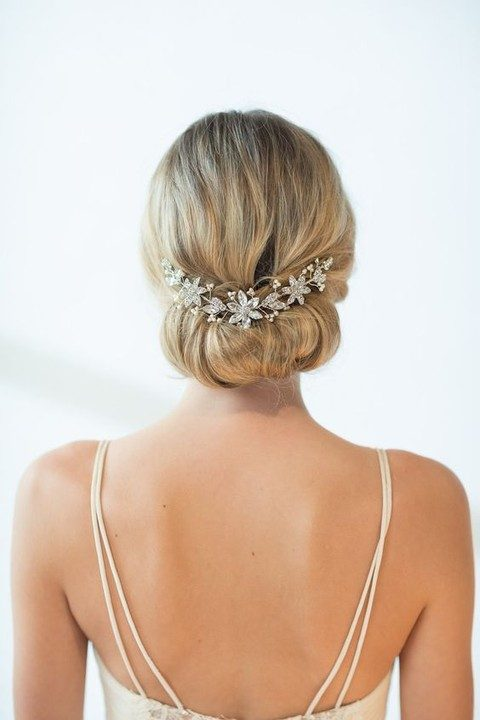 chic star-shaped rhinestone hair vine