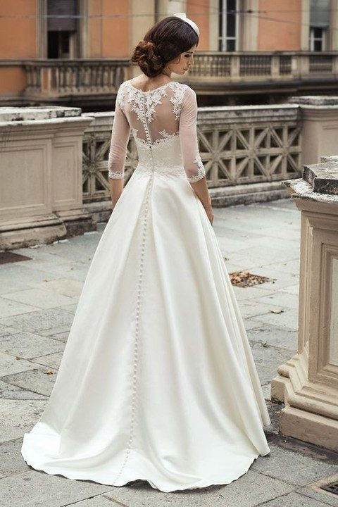 vintage illusion back wedding dress with lace half sleeves