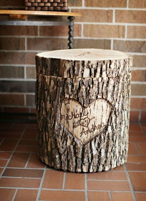 a rough wood stump wedding card box