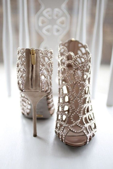bejeweled stletto heel wedding boots look stunning
