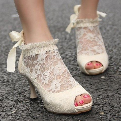 vintage ivory lace wedding booties with peep toes