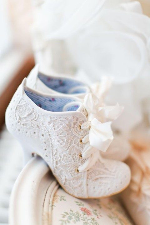 vintage white lace booties with ribbon