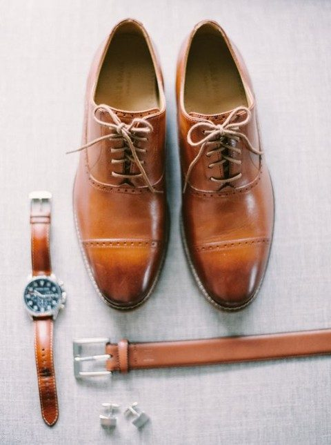 brown leather groom's accessories