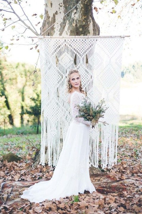 gorgeous macrame hanging as a wedding backdrop
