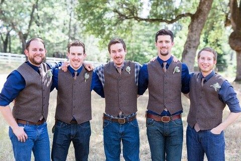 groomsmen in jeans for a rustic or cowboy wedding