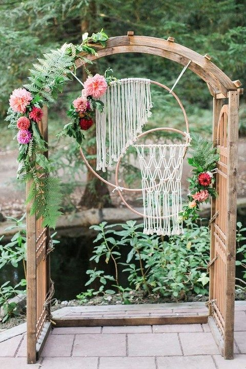 macrame wedding arch decor in embroidery hoops