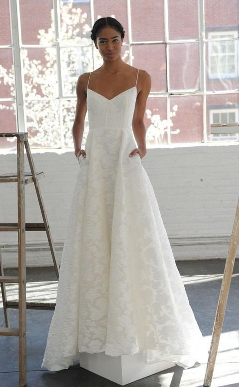 V-neck neckline spaghetti straps wedding dress with lace appliques