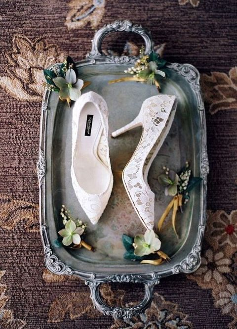 chic white lace wedding shoes
