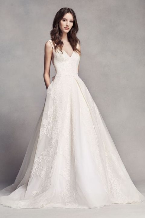 deep V-neckline lace applique sleeveless wedding dress with pockets