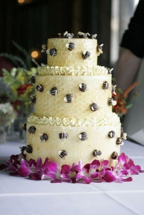 honeycomb wedding cake with chocolate bees attached