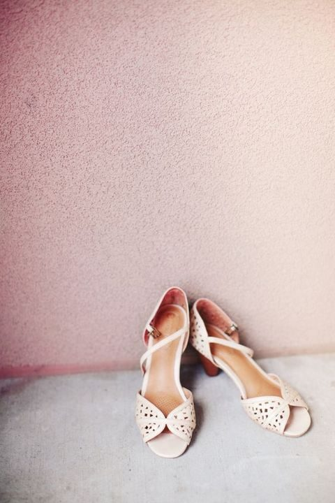 vintage-inspired wedding shoes with ankle straps