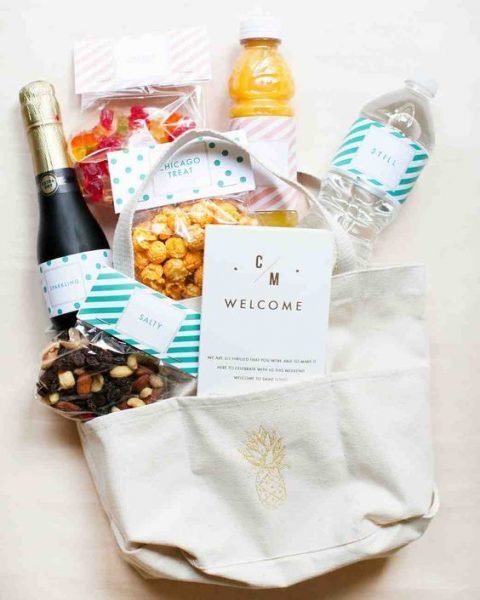 dry fruits and nuts mix, glazed nuts and jellies for a delicicous welcome bag