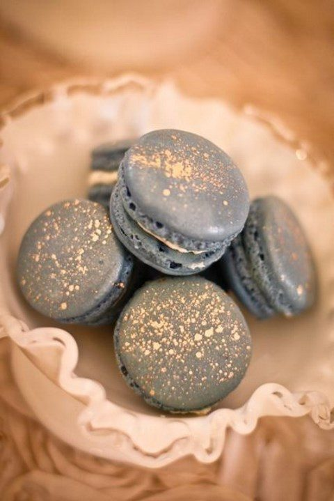 grey and sparkly gold macarons for wedding desserts