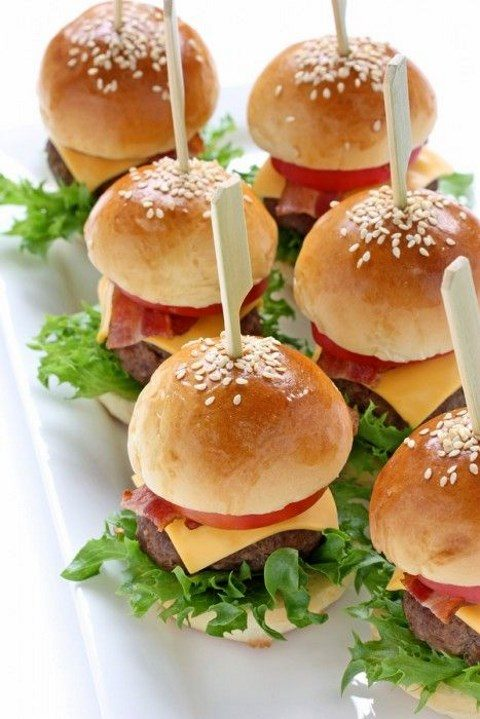 mini cheeseburgers are a great idea for any wedding