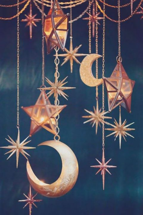 stars and moon hangings to make your reception amazing