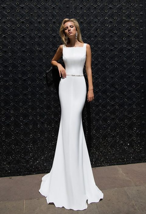 26 Edgy Minimalist Wedding Dresses
