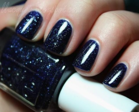 dark blue with glitter for a starry night wedding