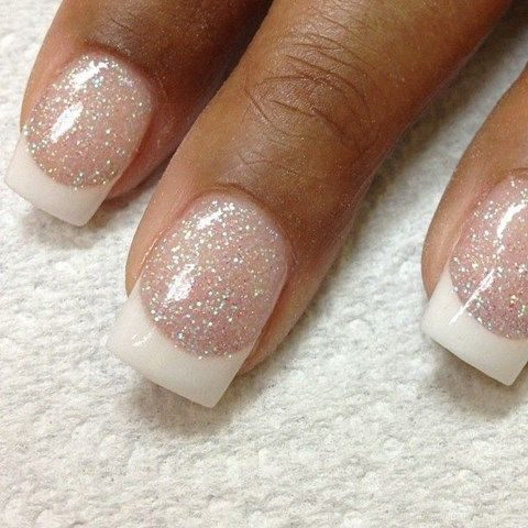 glitter French manicure looks winter-like and chic