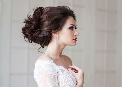 Winter Wedding Hair Guide: 6 Tips And 48 Examples