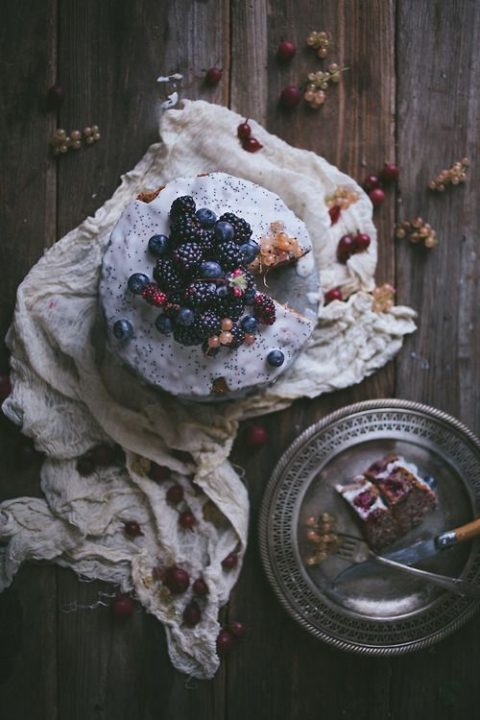 chocolate blueberry and blackberry wedding cake