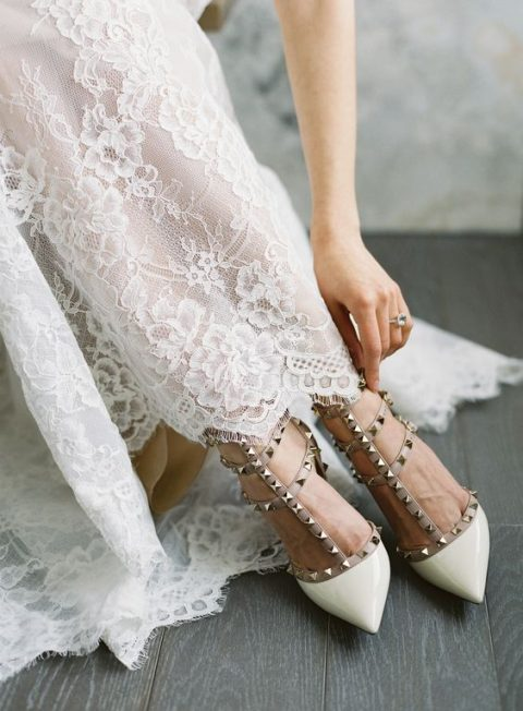 white shoes with spikes look amazing and very eye-catchy