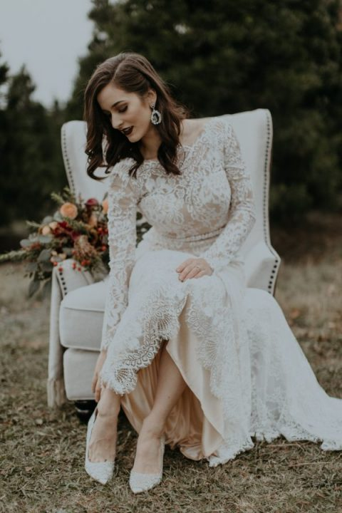 What Shoes To Wear With Lace Wedding Dress Wedding Ideas