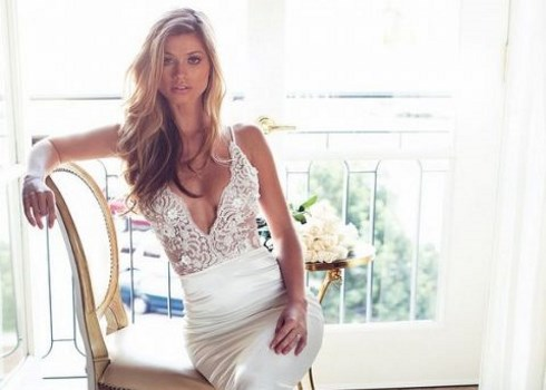 27 Sexy Plunging Neckline Wedding Dresses