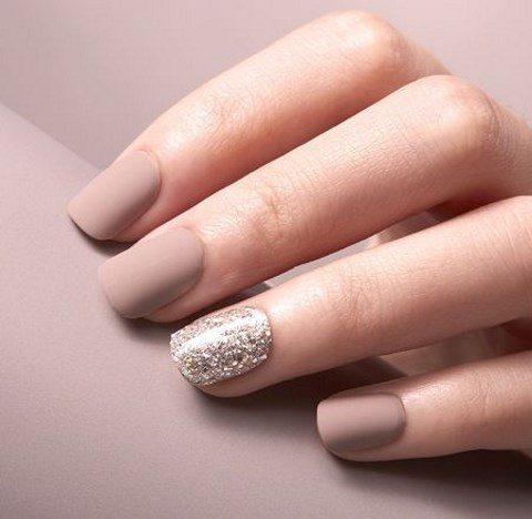 matta neutral nails with an accent glitter one