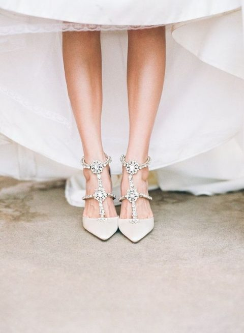 creamy strappy embellished wedding shoes look very chic