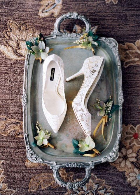 white lace bridal shoes for pure elegance