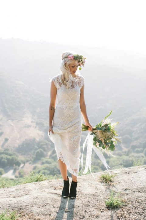 black suede boots are all you need to create an ultimate fall boho bridal look