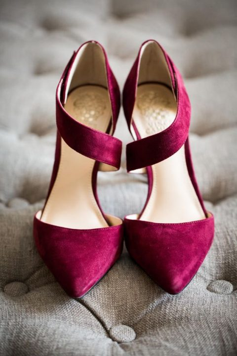 fuchsia suede wedding shoes look very bright and chic