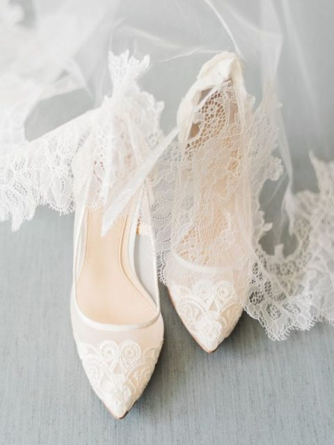 white lace pointed toe pumps for an elegant and romantic bridal outfit