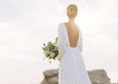 28 Edgy Plain Wedding Dresses