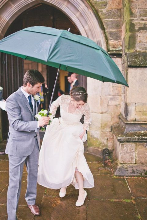a large emerald umbrella will add a touch of color to your look