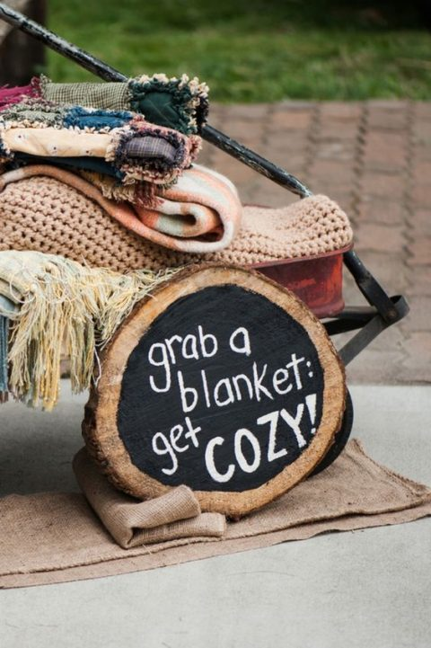 provide blankets for your guests if it_s chilly