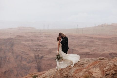 rain brings its own romance to your wedding