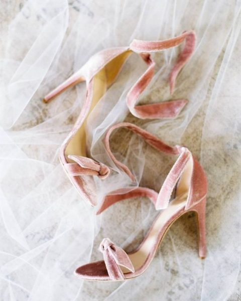 pink velvet wedding shoes with bows look super girlish and cute