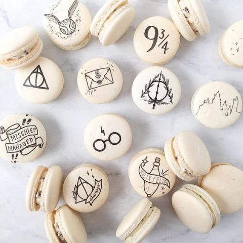 macarons inspired by Harry Potter for your dessert table or as favors