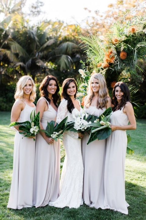simple white strap maxi bridesmaid dresses will prevent overheating