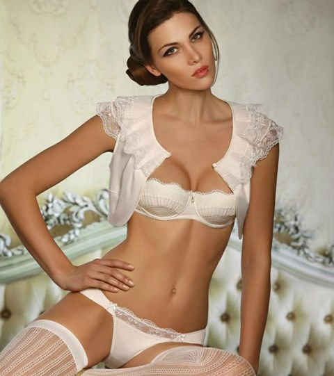 222e486a4e9 the-hottest-bridal-lingerie-ideas-55 – HappyWedd.com